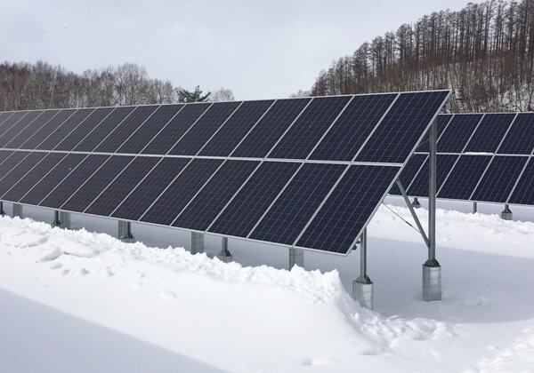 雪の降る地域は太陽光発電には向いていないのでしょうか?