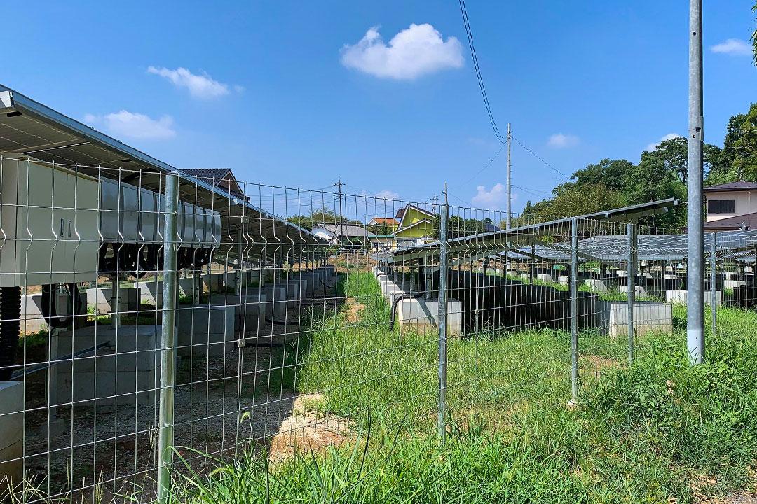 発電所_横_フェンス